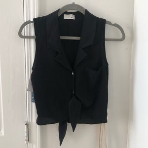 NWT Aritzia Wilfred Black Tie-Front Cropped Blouse